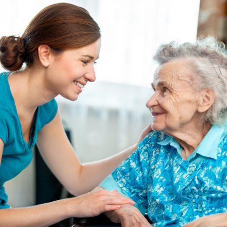 Formation Assistant(e) de Vie aux Familles ADVF – Titre Professionnel